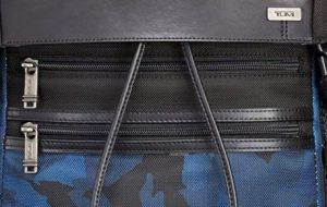 Tumi mochila Alpha Bravo blue camuflaje cremalleras frontales