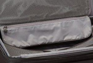 Tumi Alpha 2 equipaje de mano negra bolsillos